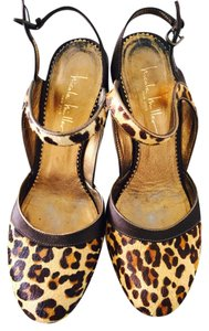 Nicole Miller Satin Silk Pupms leopard brown, gold, beige Pumps