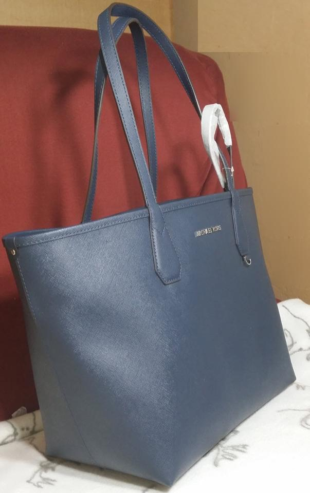 Michael Kors Candy Reversible Includes Pouch Red Tote In Navy Steel Blue 1234567891011