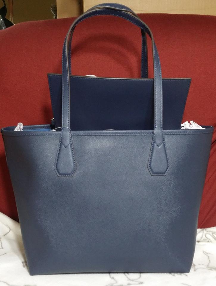0436095613c4 Michael Kors Candy Reversible Includes Pouch Red Tote in navy steel blue  Image 10. 1234567891011