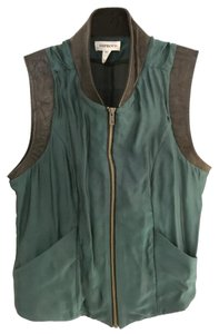 Improvd Top emerald green with black leather trim
