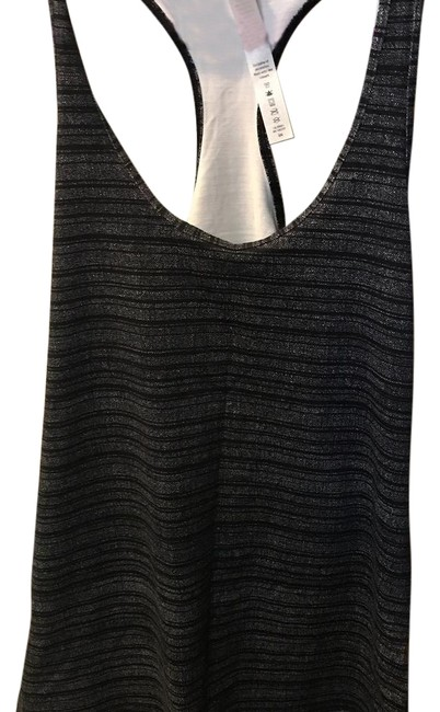 Preload https://img-static.tradesy.com/item/22092743/lululemon-coolracer-too-activewear-top-size-8-m-0-1-650-650.jpg