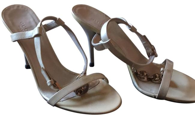 Item - Nude with Gold Formal Shoes Size US 6 Regular (M, B)