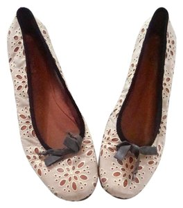 ALAÏA Leather Eyelet Calzature Donna White Flats
