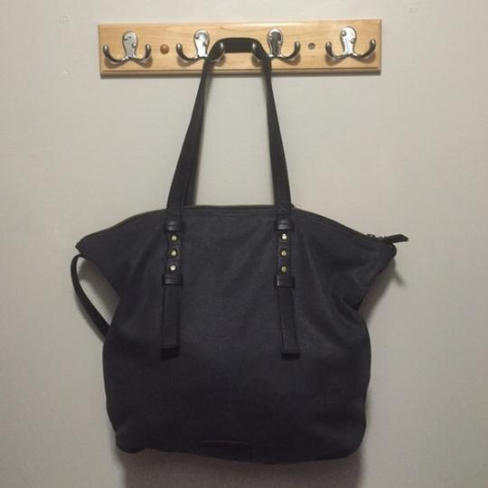Lucky Brand Tote in Black Image 2