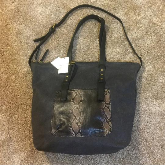 Lucky Brand Tote in Black Image 5