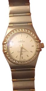 Omega Ladies Omega Diamond and 18K yellow Gold watch