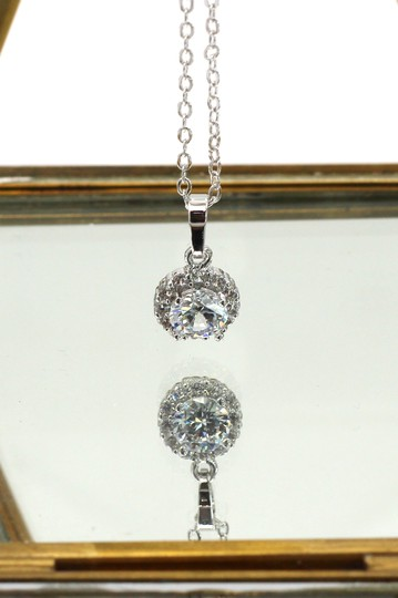 Ocean Fashion Shining cabinet micro crystal silver necklace Image 1