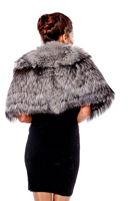 madisonavemall Real Fur Real Fox Womens Fur Womens Fox Fox Fur Cape Image 1