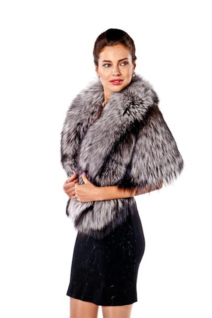 madisonavemall Real Fur Real Fox Womens Fur Womens Fox Fox Fur Cape Image 3
