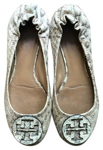 Tory Burch tan/gold Flats