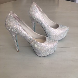 Betsey Johnson Champagne Wish Platform Pumps Size US 6.5 Regular (M, B)