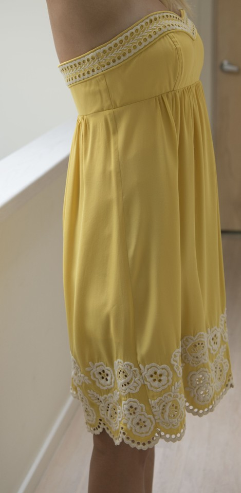 Shoshanna Yellow With Embroidered White Detail Strapless Silk