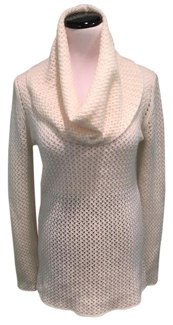 Preload https://img-static.tradesy.com/item/22099111/saks-fifth-avenue-cashmere-tunic-cream-sweater-0-4-650-650.jpg