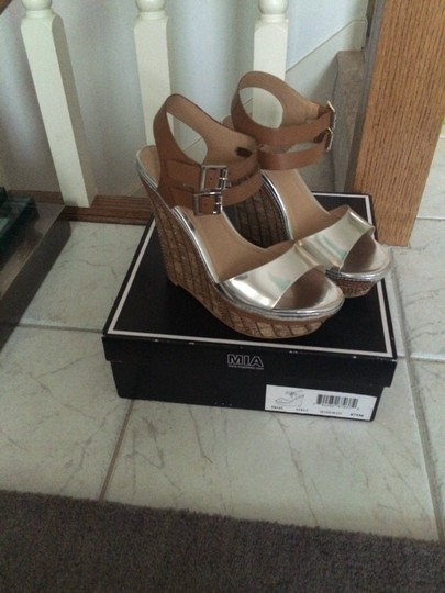 Mia Shoes Silver Multi Wedges