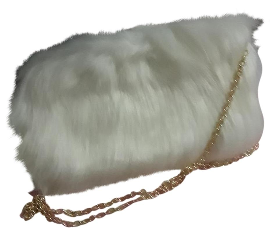 Hype White Fur Handbag Shoulder Bag - Tradesy 3206121167ee