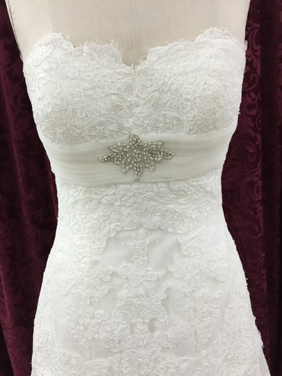 La Sposa Off White Tulle and Lace Siglo Formal Wedding Dress Size 8 (M)