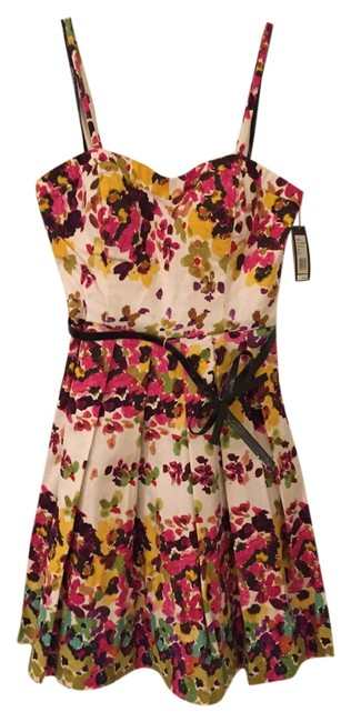 Preload https://item2.tradesy.com/images/guess-multicolor-jasmine-gdemc906-above-knee-short-casual-dress-size-2-xs-2210141-0-0.jpg?width=400&height=650