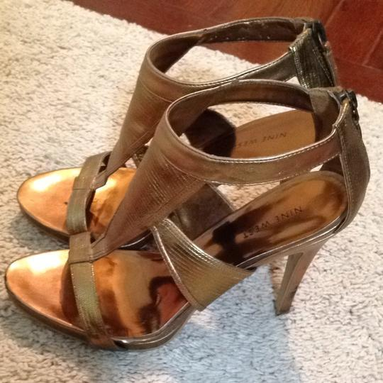 Nine West Gold/ Bronze Sandals
