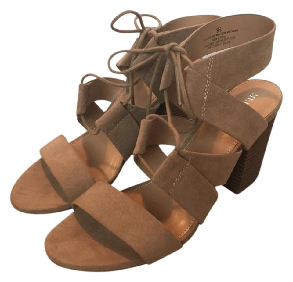 1cad6b9261f17 Merona Taupe Harriet Sandals Size US 9.5 Regular (M