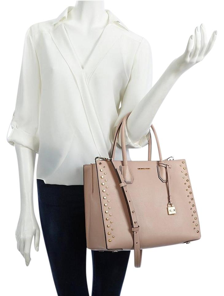 469fc1dc092f Michael Kors Studd & Grommet Large Mercer Convertable Tote in Ballet Image  0 ...