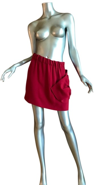 Item - Red Runway Skirt Size 6 (S, 28)