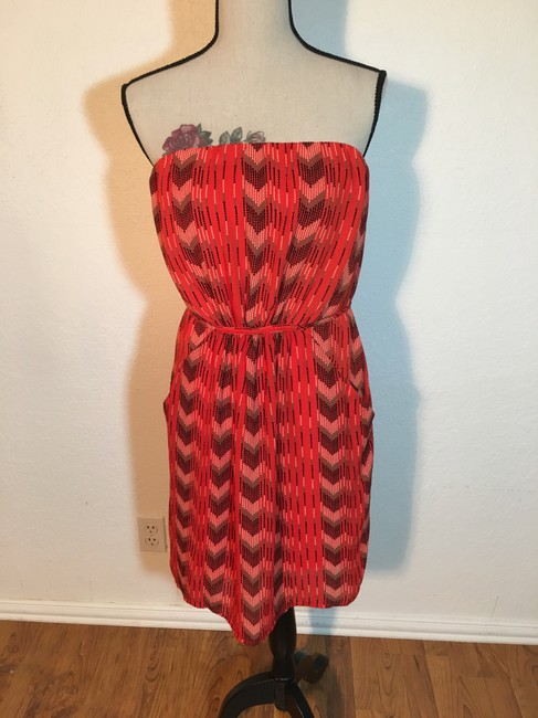 Preload https://img-static.tradesy.com/item/22109418/collective-concepts-red-and-black-strapless-pockected-mid-length-short-casual-dress-size-12-l-0-2-650-650.jpg