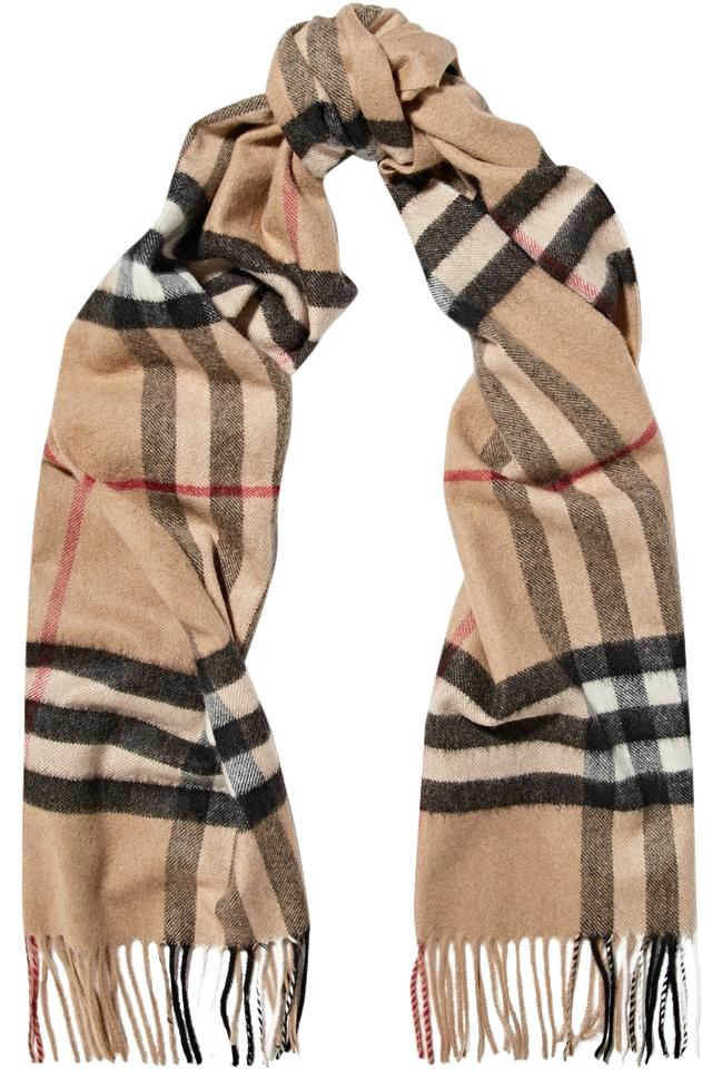 how to wear a burberry cashmere scarf