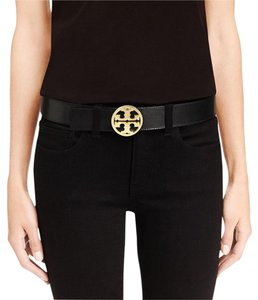 Tory Burch Tory Burch Reversible Classic Logo Leather Belt, Black Size XS