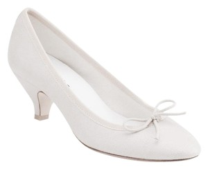 Repetto Gisele Leather Kitten Heel White Pumps