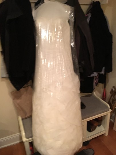 Pronovias Off White Tulle Mildred Feminine Wedding Dress Size 12 (L) Image 6