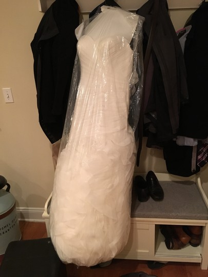 Pronovias Off White Tulle Mildred Feminine Wedding Dress Size 12 (L) Image 7
