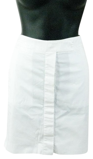 Preload https://img-static.tradesy.com/item/22112576/diane-von-furstenberg-white-dvf-denim-fitted-pencil-knee-length-skirt-size-8-m-29-30-0-1-650-650.jpg