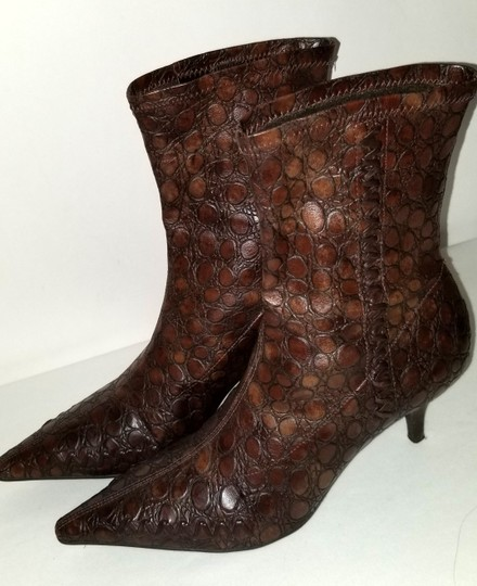 Gianni Bini Pull On Size 8 Narrow Brown Boots Image 1
