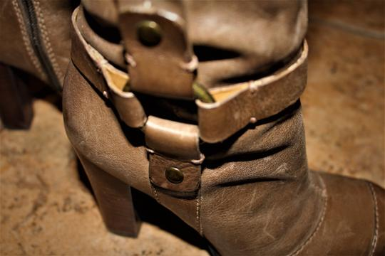 Nine West Buckle Brass Buckle Deep Olive Brown True Leather - 70's Inspired Boots Image 2