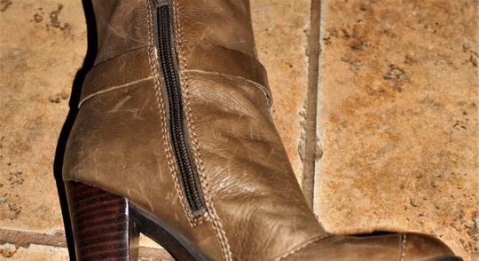 Nine West Buckle Brass Buckle Deep Olive Brown True Leather - 70's Inspired Boots Image 3
