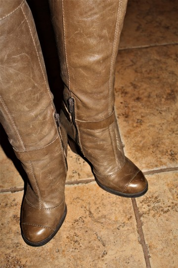 Nine West Buckle Brass Buckle Deep Olive Brown True Leather - 70's Inspired Boots Image 4