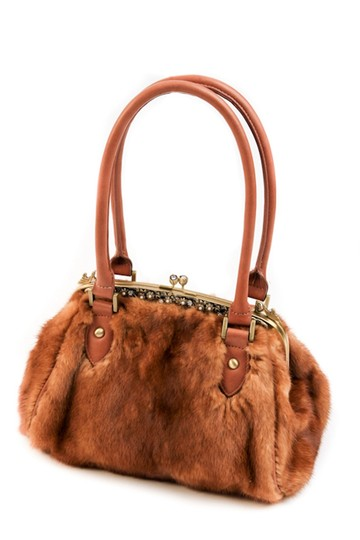 Preload https://img-static.tradesy.com/item/22113729/dyed-mink-handbag-elegance-in-mink-golden-shoulder-bag-0-1-540-540.jpg