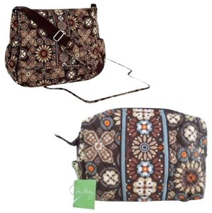 vera bradley messenger cosmetic nwt canyon diaper bag on sale 51 off baby diaper bags on sale. Black Bedroom Furniture Sets. Home Design Ideas