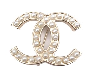 Chanel Chanel Classic Light Gold CC Faux Pearl Brooch