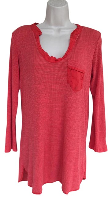Item - Red W Ribbed 3/4 Sleeve W/Pocket/S Tunic Size 4 (S)
