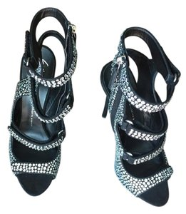 Giuseppe Zanotti Whimsical Made Made In Italy Black Crystal Bead Sandals Sandals