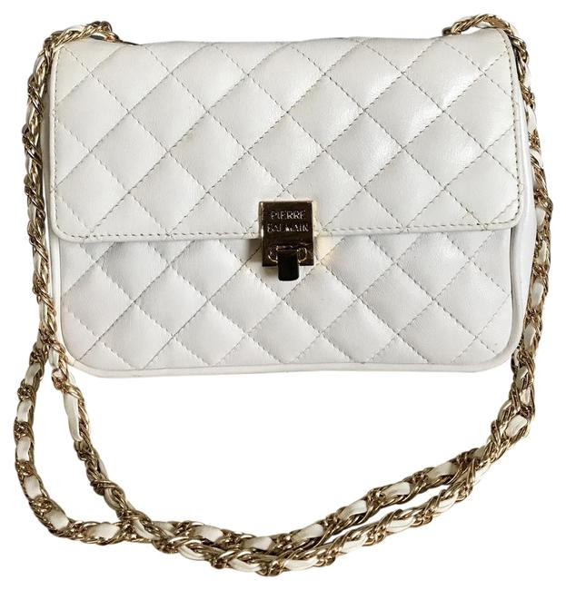 Item - Pierre Vintage Quilted Double Chain Strap White Leather Shoulder Bag