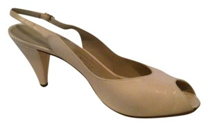 Bruno Magli Made In Italy soft pink (blush) Pumps