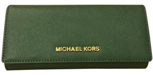 Michael Kors Michael Kors Jet set carryall Leather Wallet silver