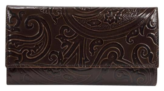Preload https://img-static.tradesy.com/item/22118873/etro-brown-paisley-embossed-leather-large-trifold-made-in-italy-wallet-0-1-540-540.jpg