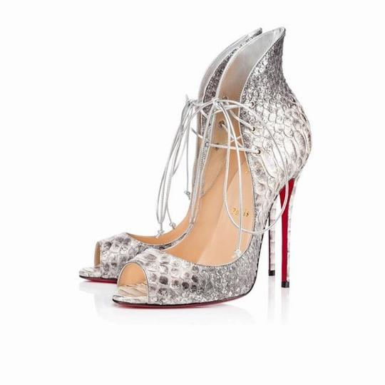 Preload https://img-static.tradesy.com/item/22118936/christian-louboutin-silver-megavamp-100-python-lace-up-heel-pumps-size-eu-385-approx-us-85-regular-m-0-0-540-540.jpg