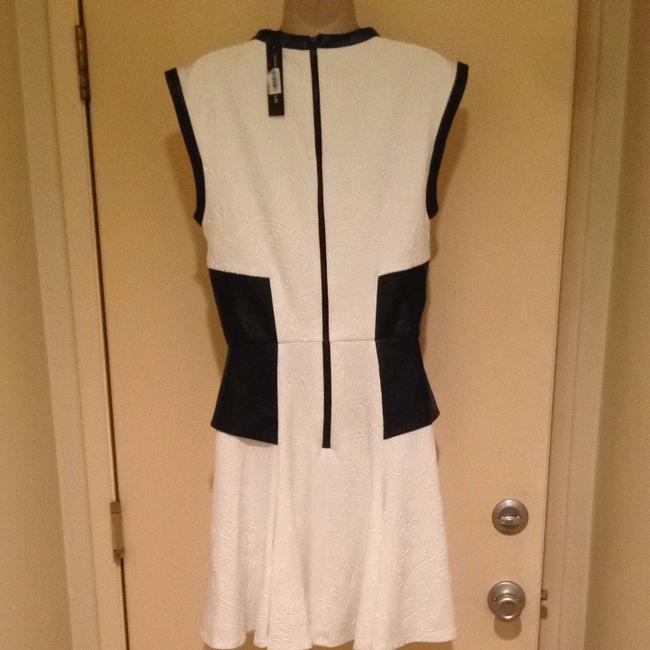W118 by Walter Baker A-line Vintage 60's High-neck Sleeveless Color-blocking Dress