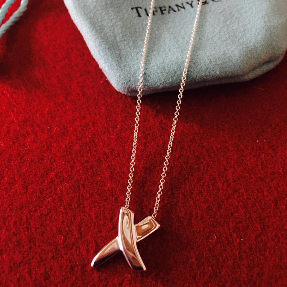 32acc3b63 Tiffany & Co. Paloma Picasso X Kiss Necklace Image 9. 12345678910