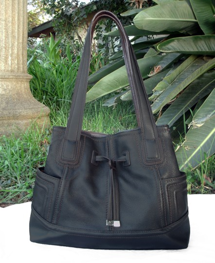 Tignanello Shopper Pockets Carryall Leather Tote in Black and brown Image 1