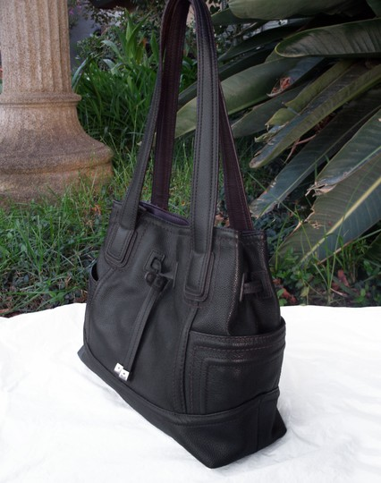 Tignanello Shopper Pockets Carryall Leather Tote in Black and brown Image 3